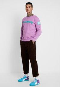 Obey Clothing - HARDWORK CARPENTER PANT - Kalhoty - brown - 1