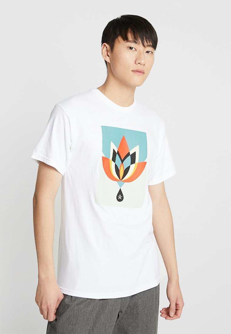 Obey Clothing - GEOMETRIC FLOWER - T-shirt con stampa - white