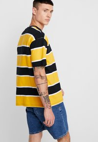 Obey Clothing - ACID CLASSIC TEE - T-shirt con stampa - black multi - 2