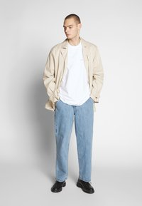 Obey Clothing - NOVEL  - T-shirts - white - 1