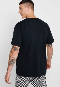 Obey Clothing - NOVEL  - Jednoduché triko - off black