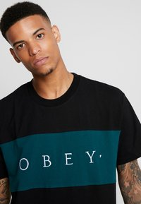 Obey Clothing - CONRAD CLASSIC TEE - Print T-shirt - black - 4