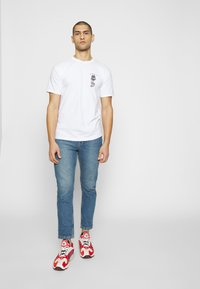 Obey Clothing - ROSE SHACKLE - Print T-shirt - white - 1