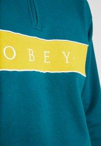 Obey Clothing - DEAL MOCK NECK - Collegepaita - deep teal multi - 4