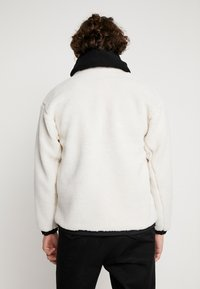 Obey Clothing - OUT THERE SHERPA JACKET - Allvädersjacka - natural - 2