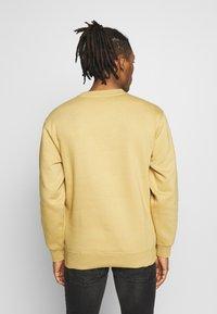 Obey Clothing - OBEY SPORTS II CREW - Sweatshirt - almond - 2