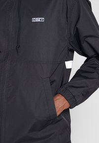 Obey Clothing - CAPTION JACKET - Lehká bunda - black - 5