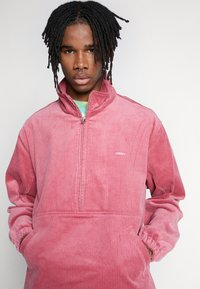 Obey Clothing - HUGO ANORAK - Summer jacket - cassis - 4