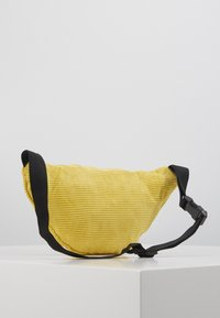 Obey Clothing - WASTED HIP BAG - Ledvinka - yellow - 1