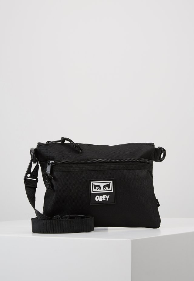 CONDITIONS SIDE BAG III - Torba na ramię - black