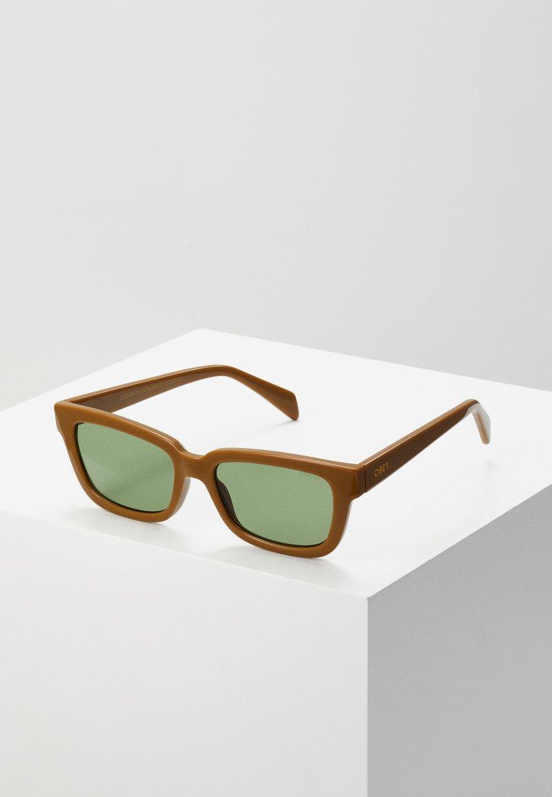 Obey Clothing - ROCCO - Sluneční brýle - caramel