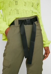 Object - OBJMESA CARGO PANT - Kalhoty - burnt olive - 7