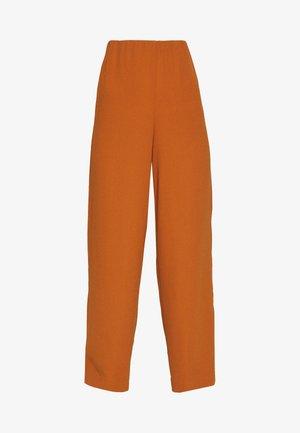 OBJCAMIL PANT - Pantalon classique - sugar almond