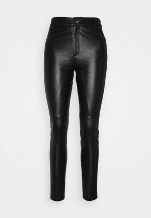 OBJMASE PANT - Pantaloni di pelle - black
