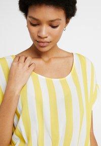 Object - OBJBAY DALLAS DRESS SEASON - Robe d'été - yellow/white - 3