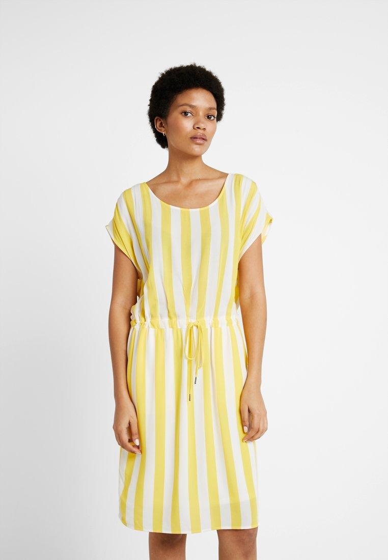 Object - OBJBAY DALLAS DRESS SEASON - Robe d'été - yellow/white