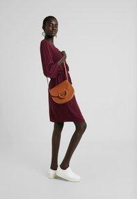 Object - Denní šaty - port royale - 1