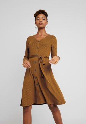 Day dress - buckthorn brown