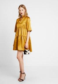 Object - OBJJUNE DRESS - Robe d'été - buckthorn brown - 2