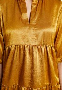 Object - OBJJUNE DRESS - Robe d'été - buckthorn brown - 6