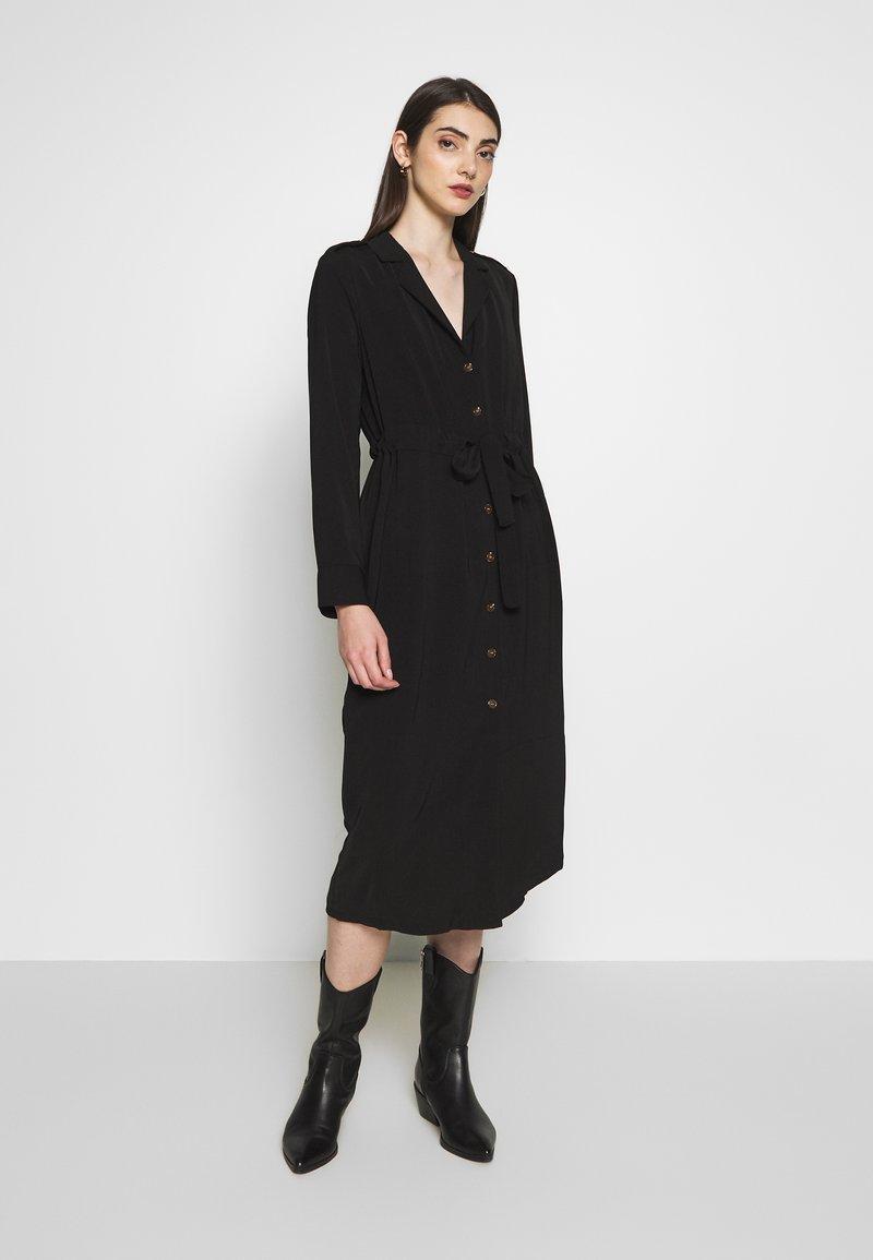 Object - OBJMAE DRESS - Robe chemise - black