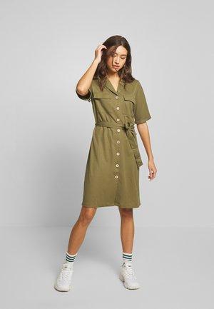 OBJTHELMA DRESS  - Robe chemise - burnt olive