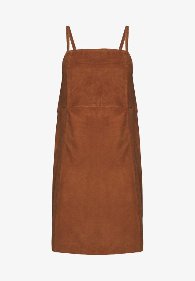 SUEDE DRESS - Korte jurk - sugar almond
