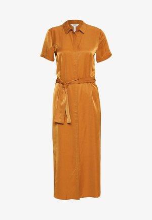 OBJEILEEN DRESS - Skjortekjole - sugar almond