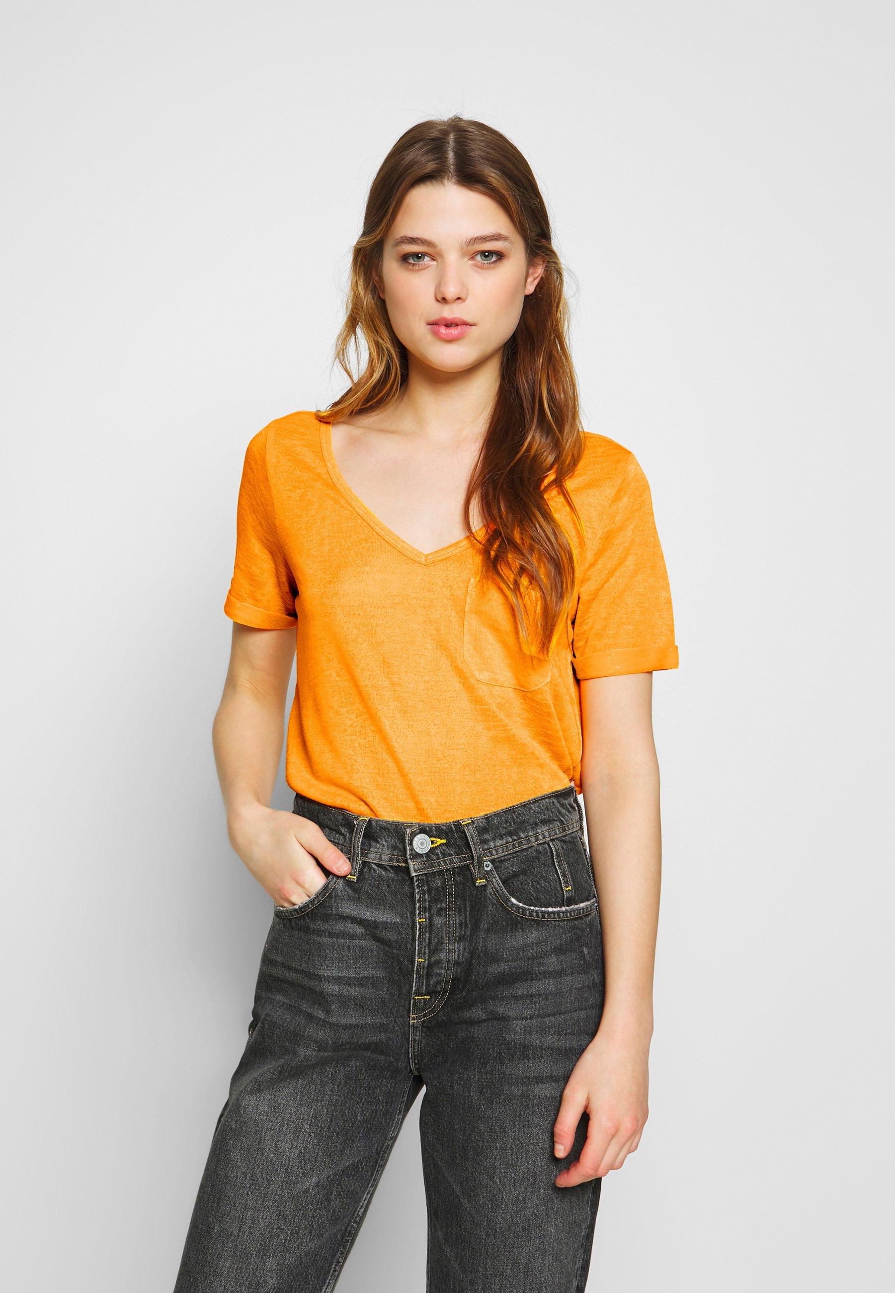 Object OBJTESSI VNECK SEASONAL - T-shirts - zinnia