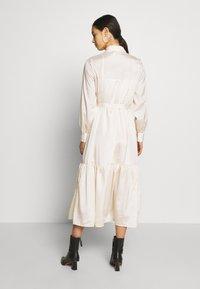 Object - OBJVIVA DRESS - Abito a camicia - gardenia - 2