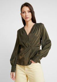 Object - Blusa - forest night - 0