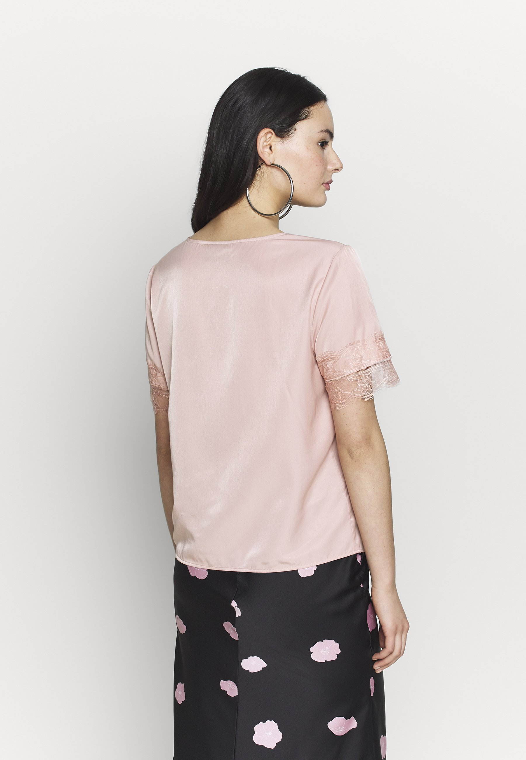 Object OBJEILEEN S/S  LACE TOP NOOS - Bluser - misty rose