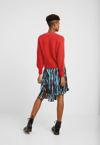 Object - Pullover - high risk red - 2