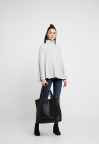 Object - Stickad tröja - light grey melange - 1