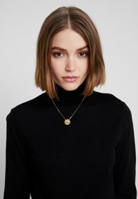 Object - Jumper - black - 3