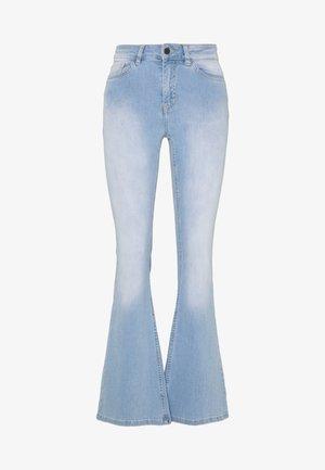 OBJFINIA  - Flared Jeans - light blue denim