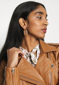 Object - OBJNANDITA JACKET SEASONAL - Leather jacket - sugar almond - 3