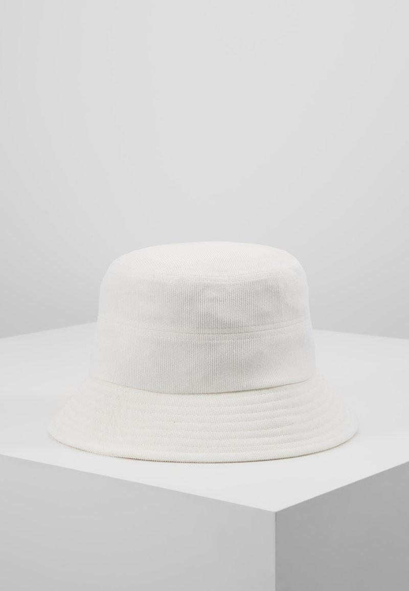 Object - OBJPAM BUCKET HAT - Hat - white sand
