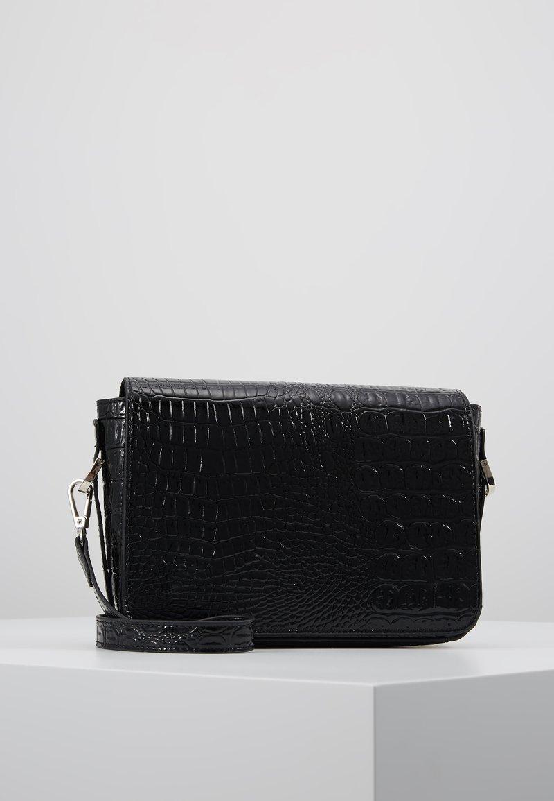 Object - Bandolera - black