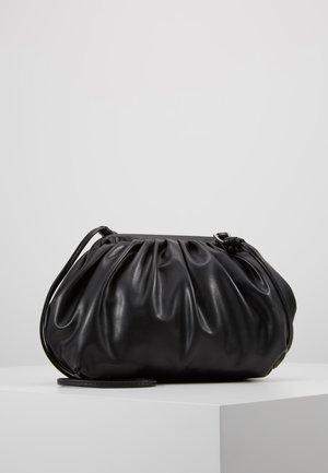 OBJBELLA  CROSSOVER  - Taška spříčným popruhem - black