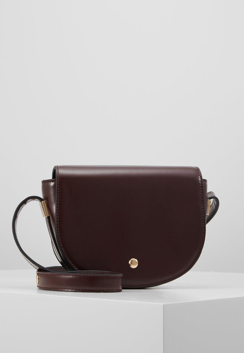 Object - OBJDALIA CROSSOVER - Taška spříčným popruhem - brown patina