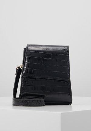 OBJLITY SMALL CROSSOVER - Across body bag - black