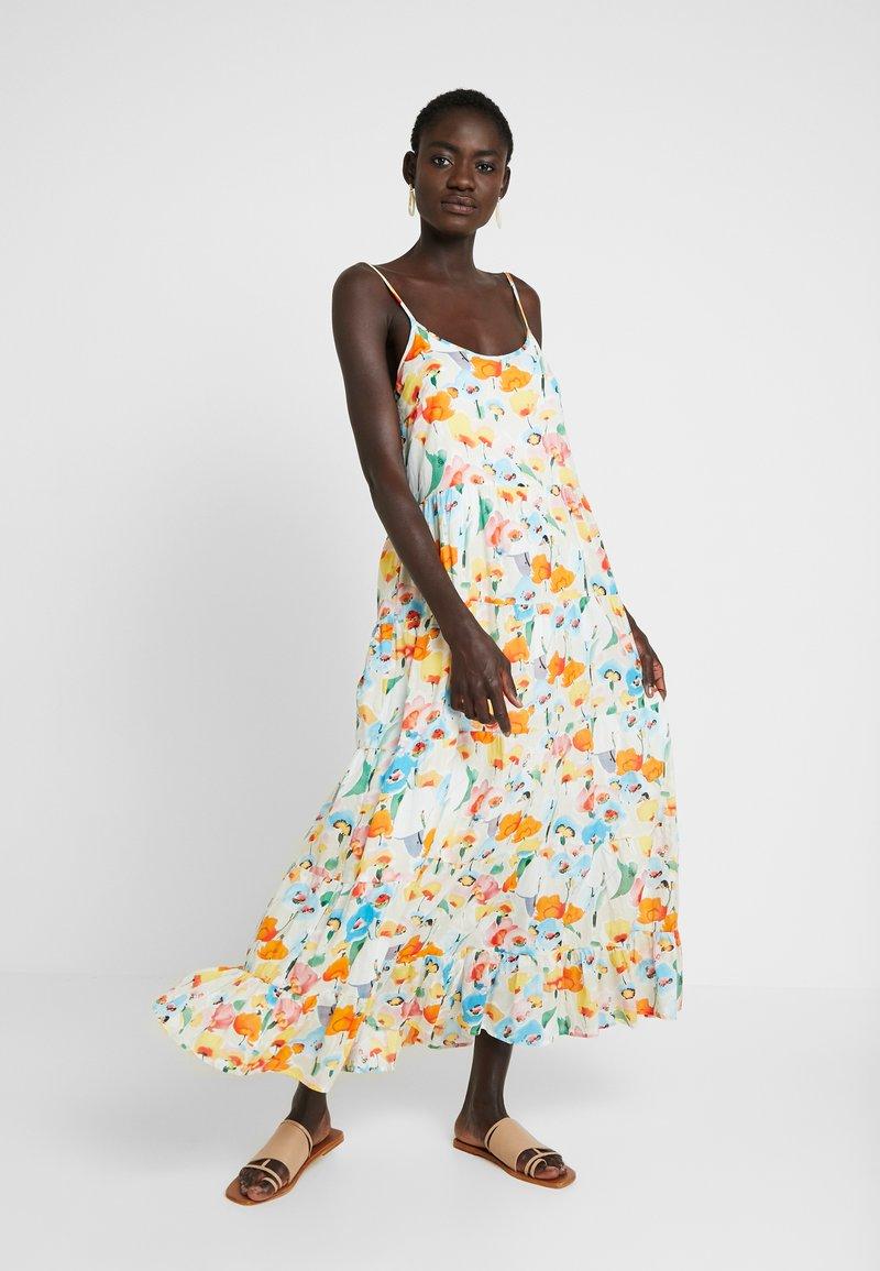 Object Tall - OBJGIOVANNA STRAP DRESS - Maxi-jurk - gardenia/multicolor