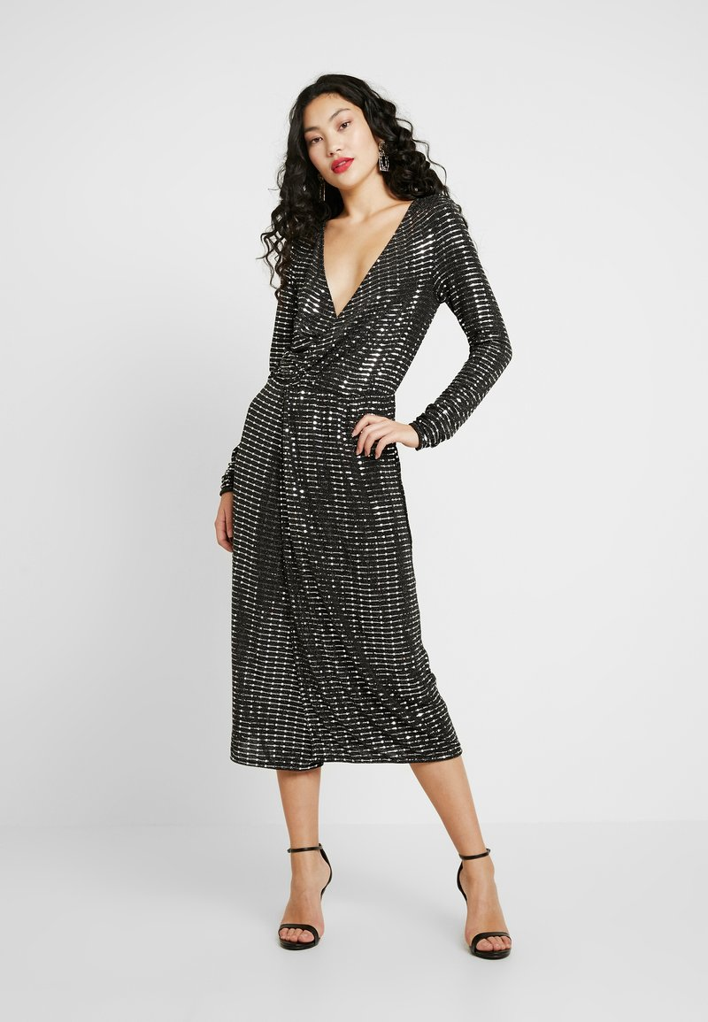 Object Tall - OBJSOLA DRESS - Jerseykleid - black/silver