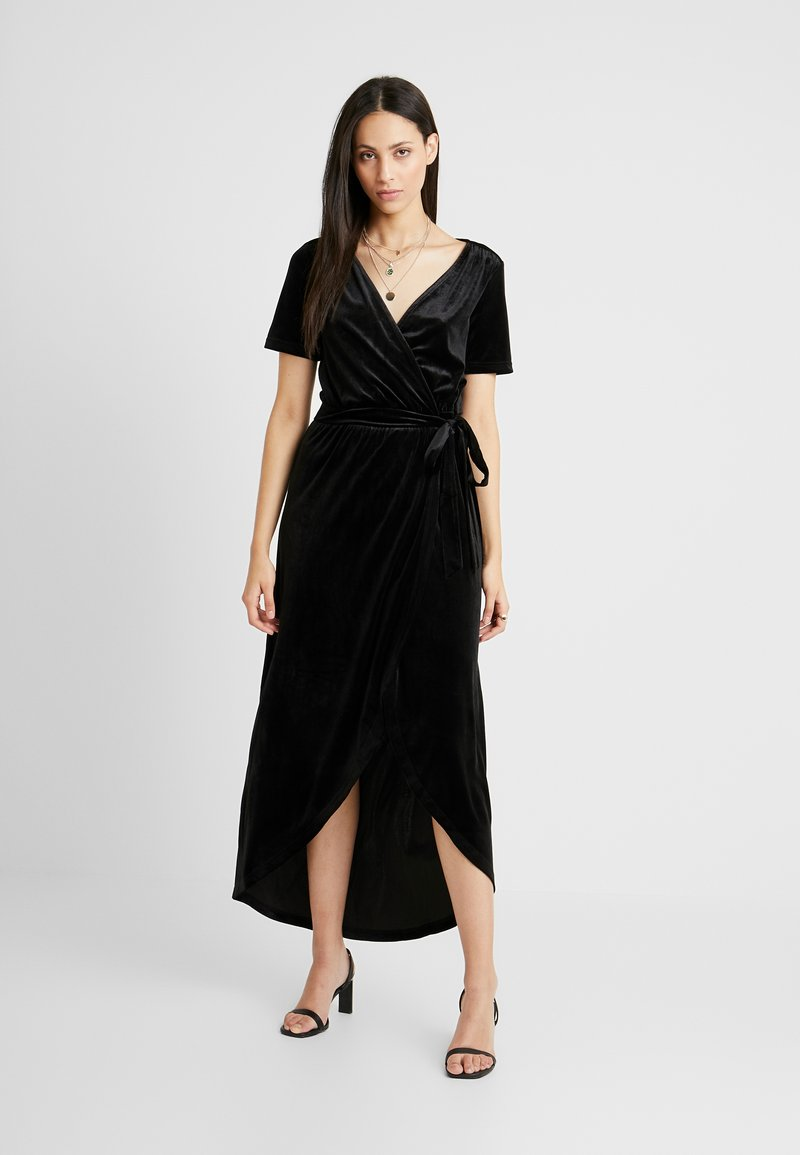 Object Tall - OBJHONEY NOREENA DRESS - Maxi šaty - black