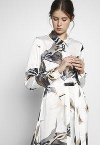Object Tall - OBJPANIA AMELIA SHIRT DRESS - Paitamekko - off-white - 3