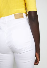 Object Tall - OBJSKINNYSOPHIE - Jeans Skinny Fit - white - 3