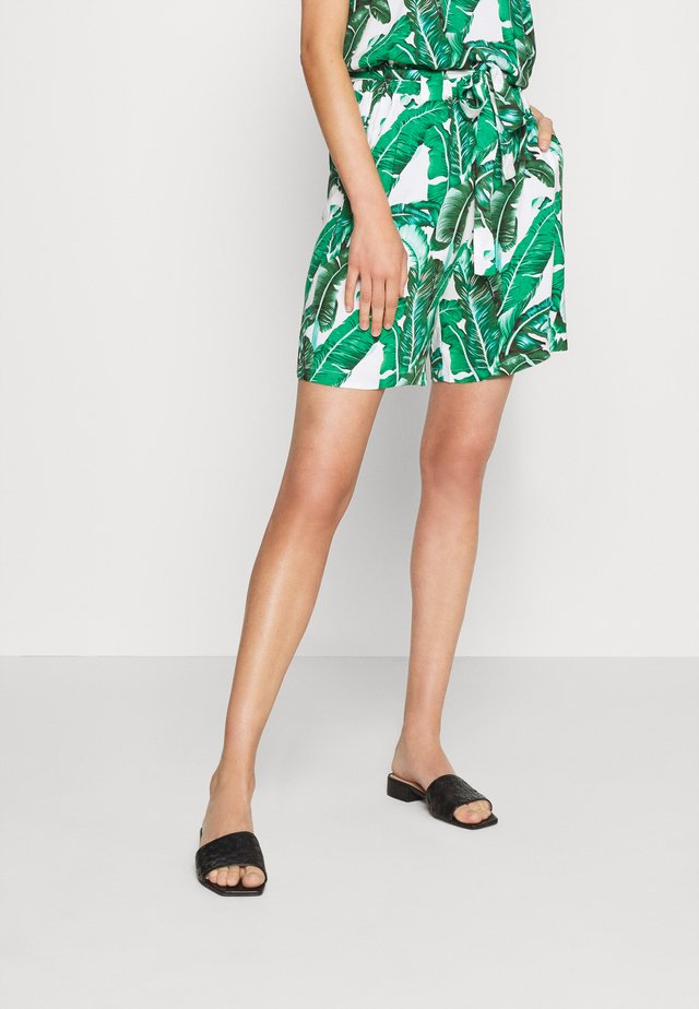 OBJPALMINA - Shorts - gardenia