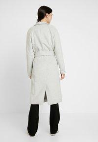 Object Tall - OBJLENA COAT - Płaszcz wełniany /Płaszcz klasyczny - light grey melange - 2