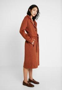 Object Tall - OBJLENA COAT - Zimní kabát - brown patina - 0